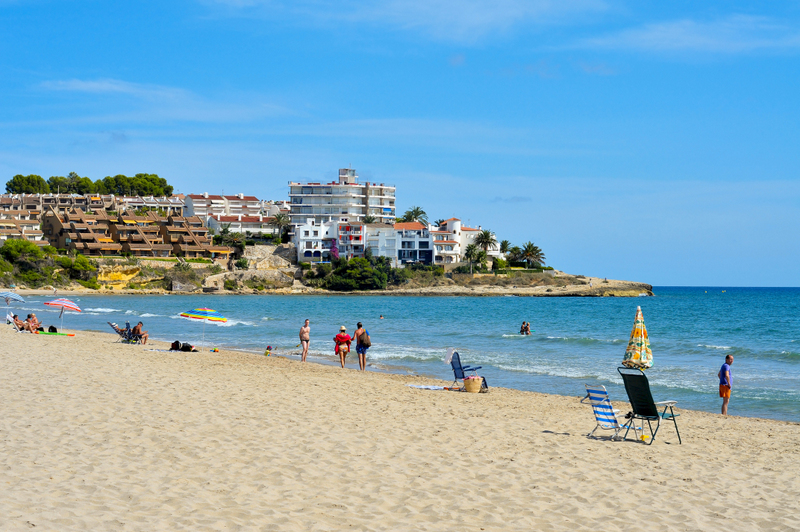 Catalonia travel guide Altafulla beach