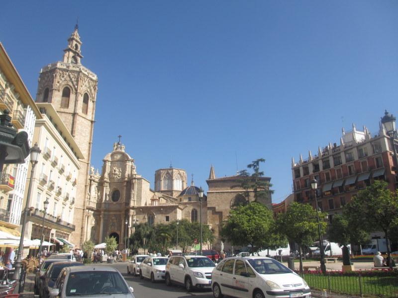 Valencia Spain travel guide-Plaza de la Reina