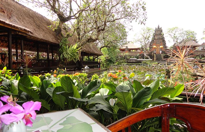 Cafe Lotus Bud Ubud Bali