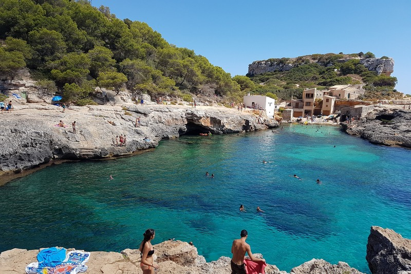 Spain travel guide Majorca Cala S'Almunia