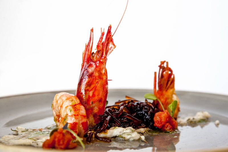 Prawns of tarragona with fiduea