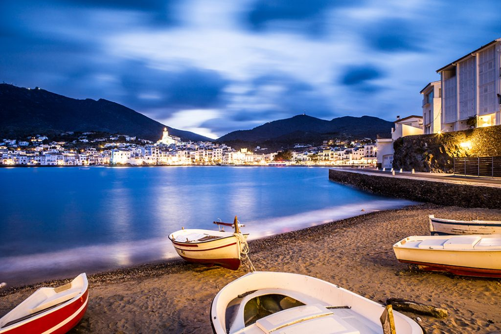 https://travelinspires.org/wp-content/uploads/2018/04/Dali-Triangle-Cadaques-Costa-Brava-Fishing-Boats-1024x683.jpg