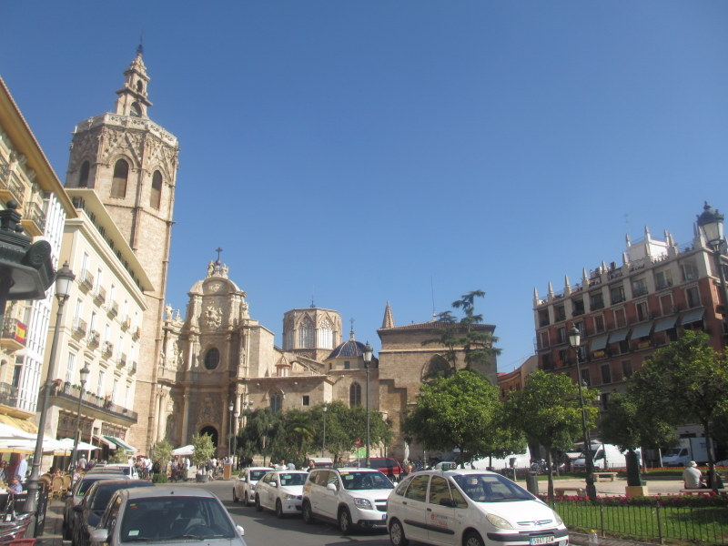 Valencia Spain travel guide-Plaza de la Reina