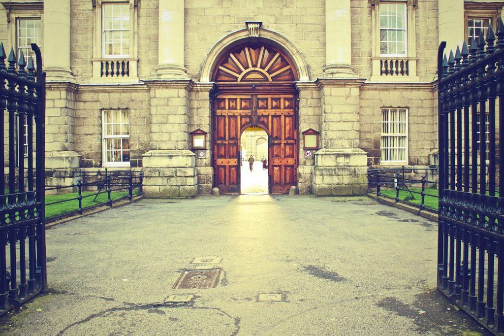 Jackie De Burca Trinity College Dublin