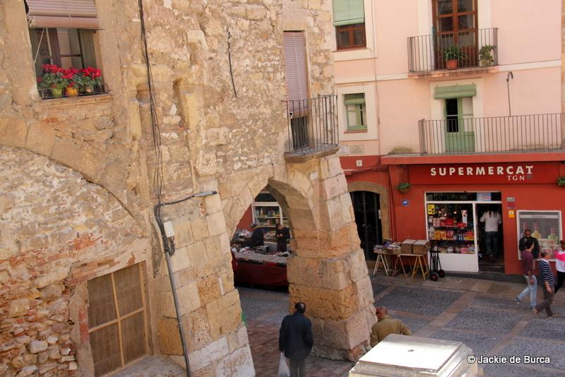 Tarragona Spain Carrer Merceria Arches