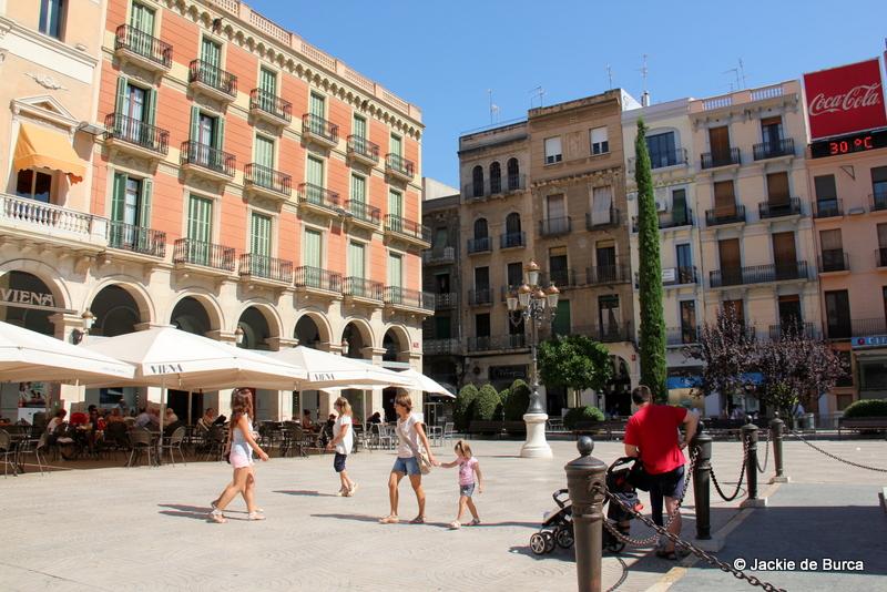 Tarragona day trips-Reus Prim Square Spain