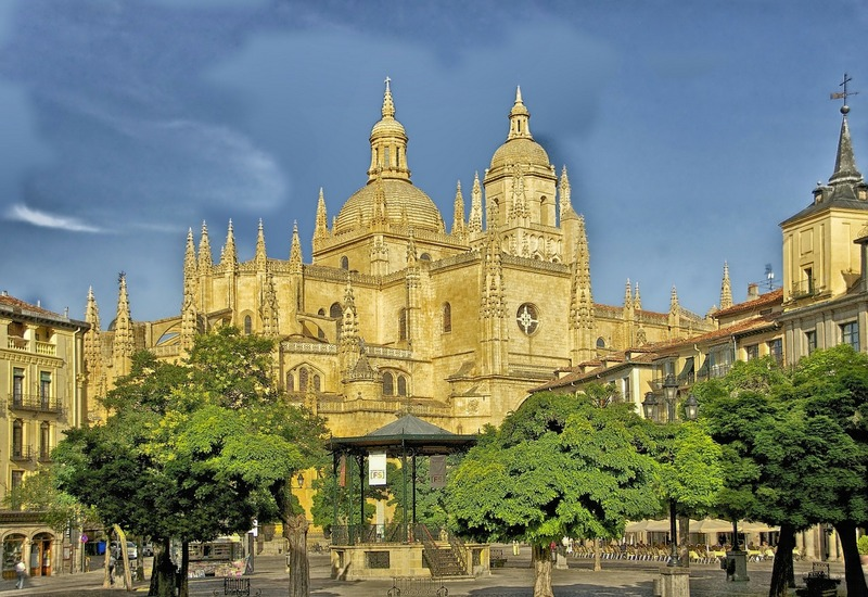 Segovia Spain beautiful cities cathedral