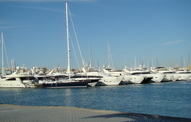 Spain to cities-Palma de Mallorca Marina