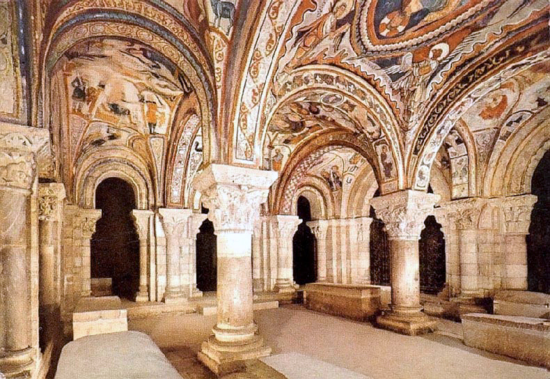 Spain top cities-Leon Basilica Panteón San Isidoro León