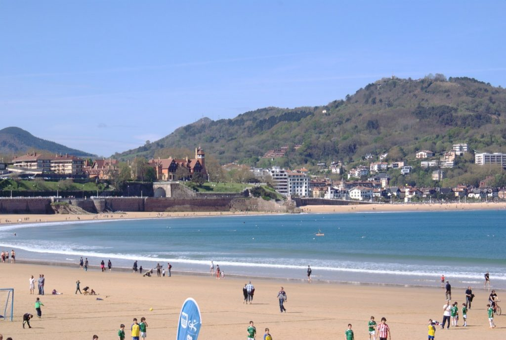 best cities Spain San Sebastian Concha Bay