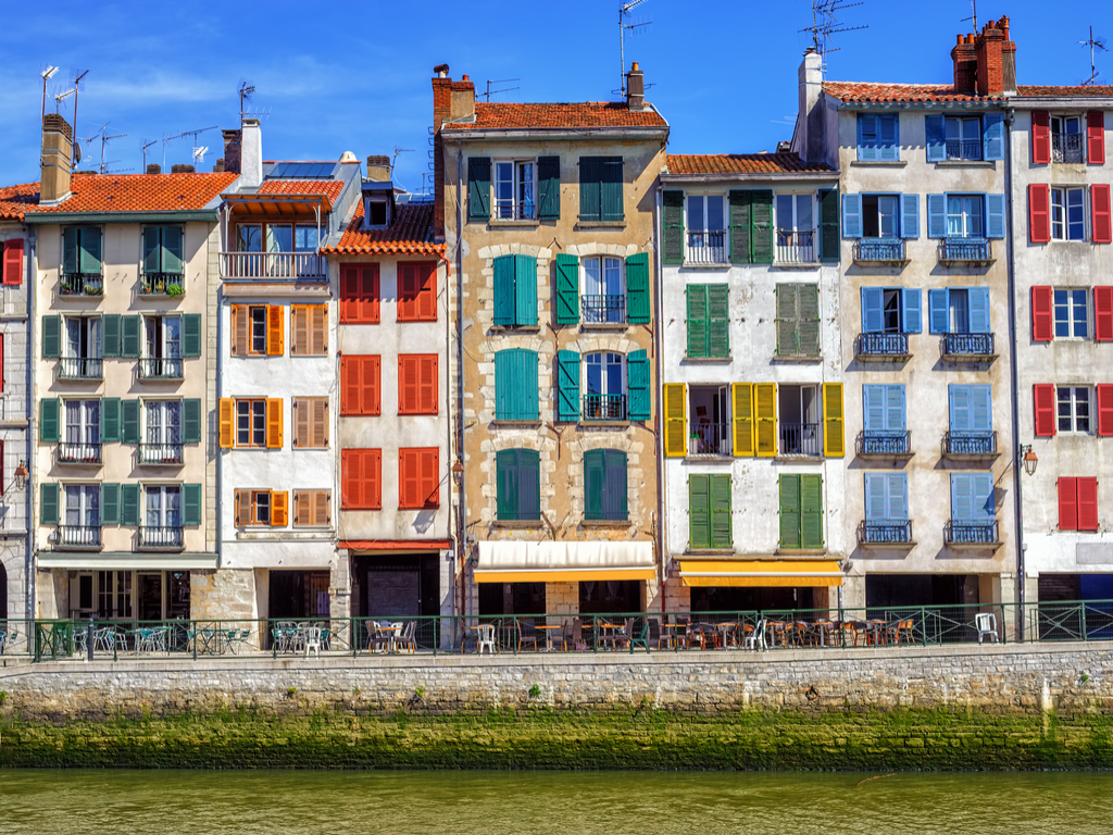 Bayonne France travel guide traditional facades with colourful windows