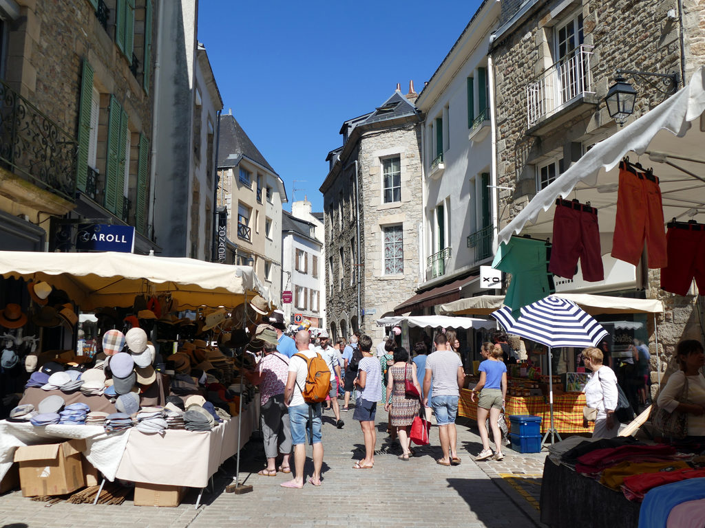 Auray Brittany France travel guide weekly market