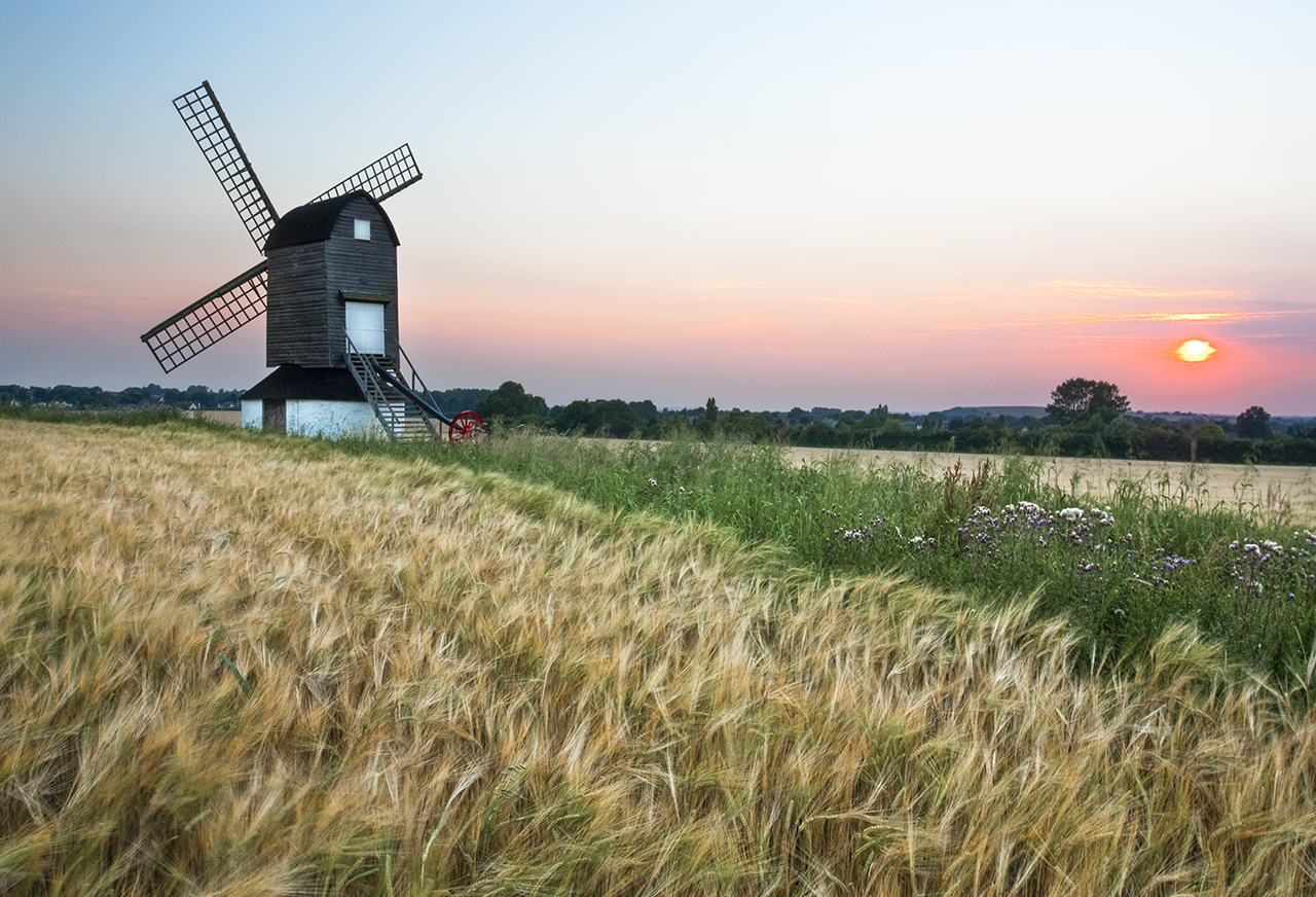The Chilterns places to see PItstone Windmill summer