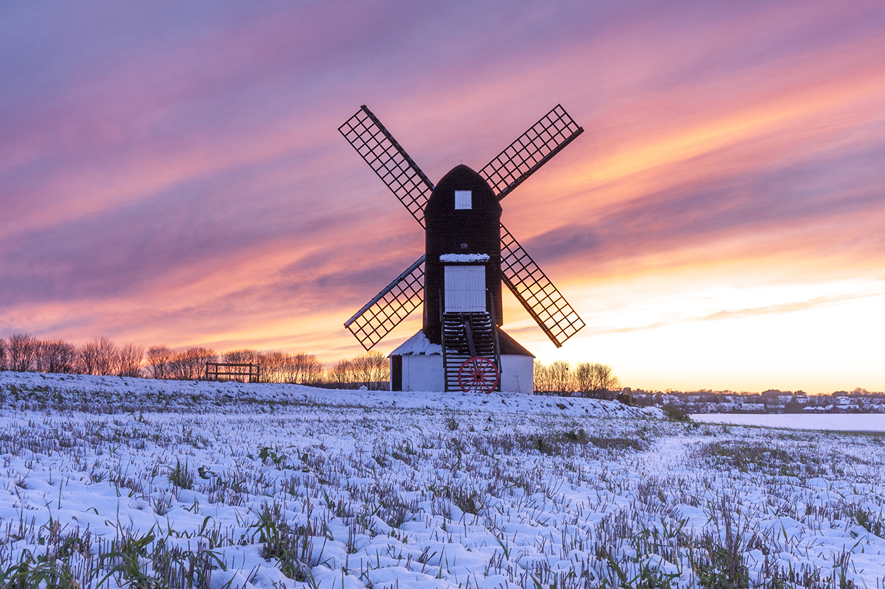 places to go Chilterns pitstone windmill snow