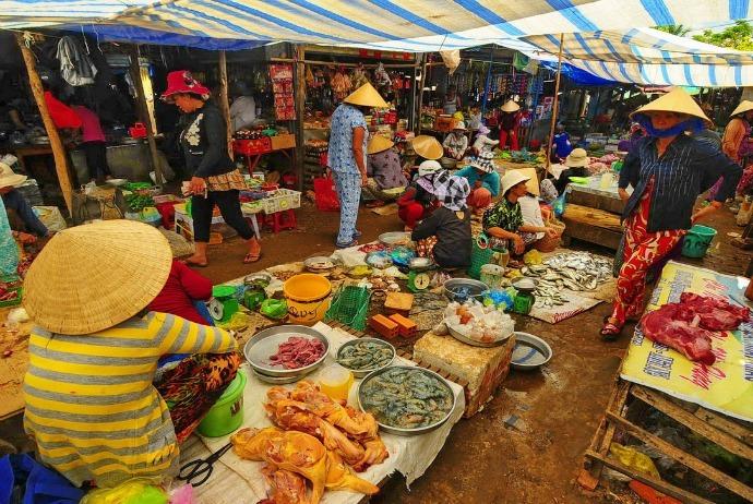Mui Ne Vietnam Market