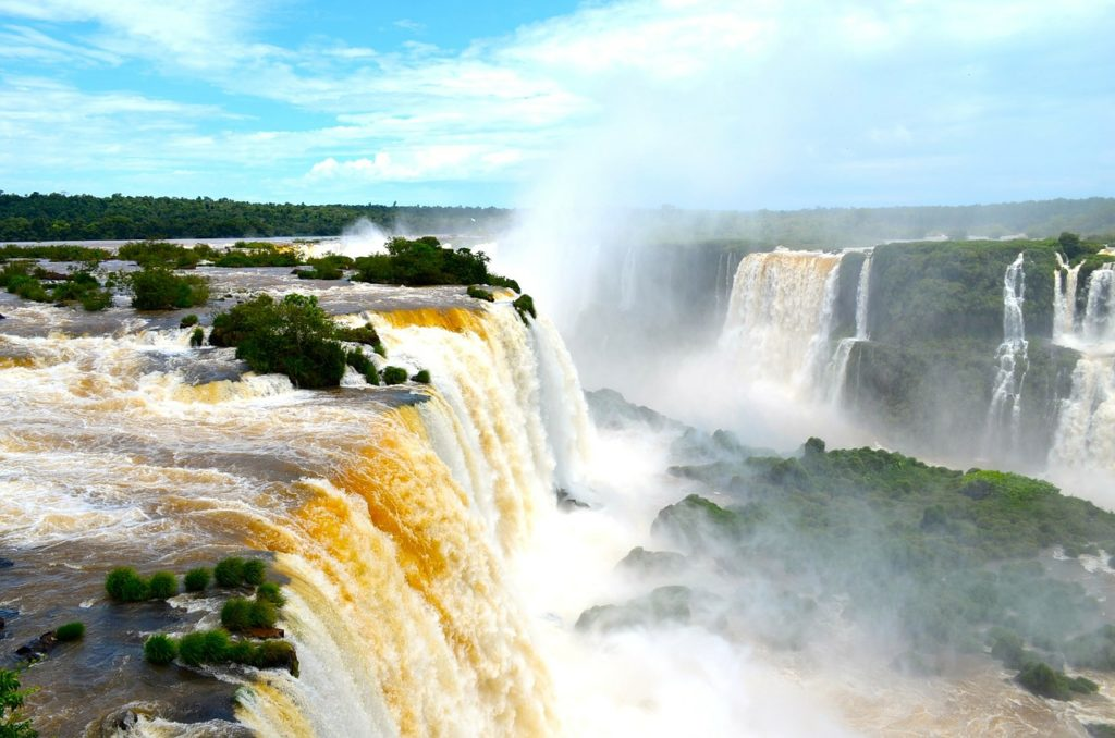 inspirational experiences south america iguazu falls