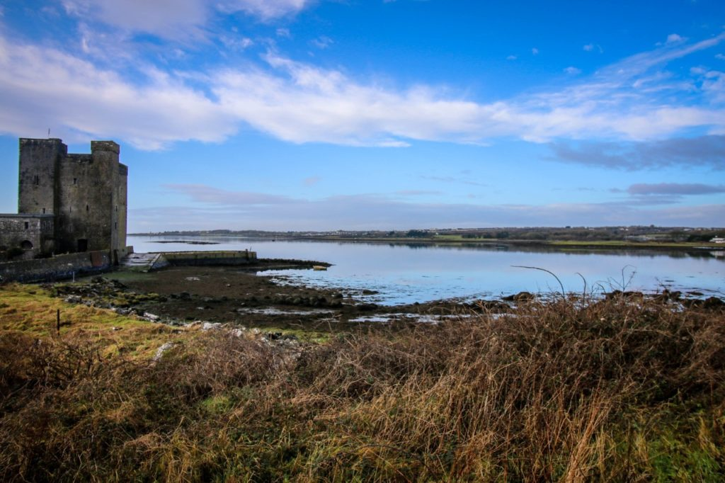 Oranmore towsn in GAlway-Oranmore Castle