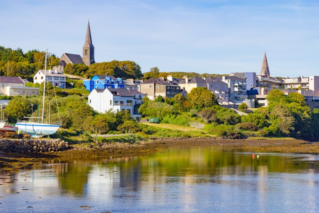towns near Galway Clifden