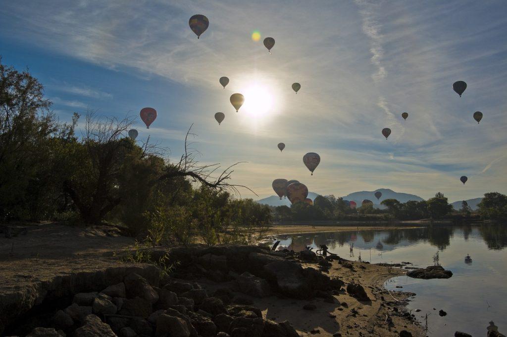 travel star sign Aries Southern California hot-air-balloon-