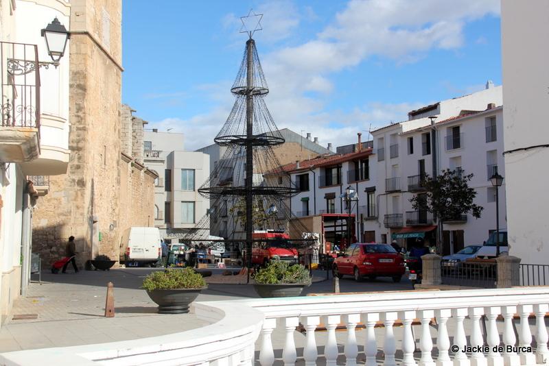 La Senia Market Square