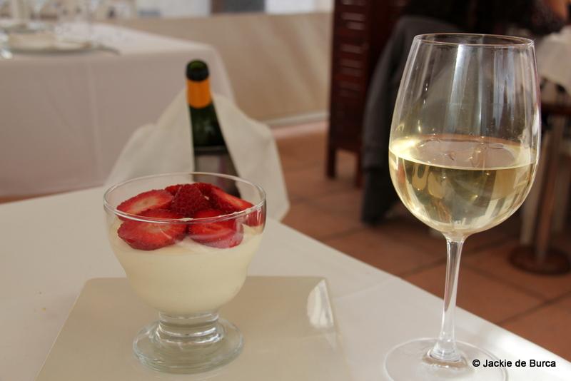 Restaurant Les Palmeres Les Cases d'Alcanar White Chocolate Mousse Dessert-2