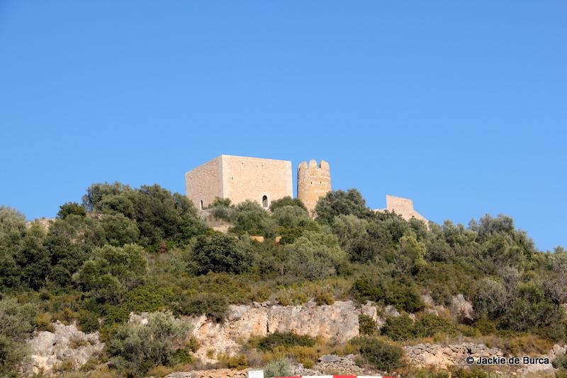 Ulldecona Castle-Castillo de Ulldecona