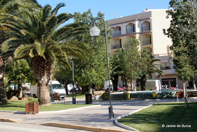 Ulldecona Near Both Markets