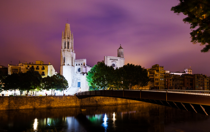 night view of Girona - Collegiate Church of Sant Feliu and cathedral. Catalonia, Spain