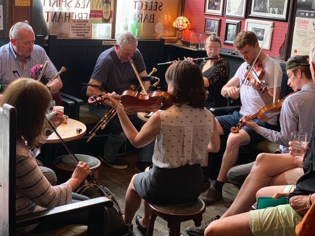 Dublin best live music pubs The Cobblestone