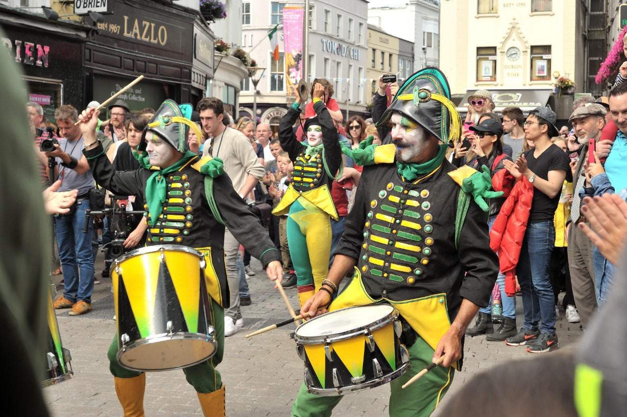 https://travelinspires.org/wp-content/uploads/2019/08/whats-on-in-galway-this-weekend.jpg