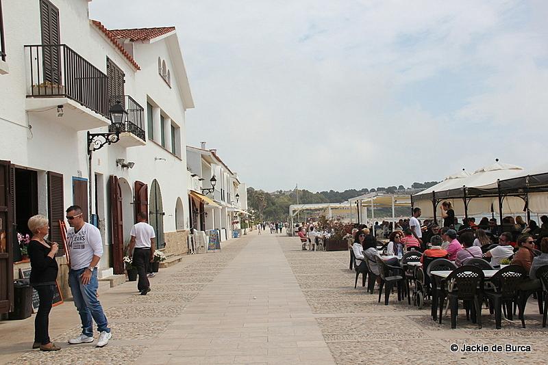 Altafulla promenade and restaurants