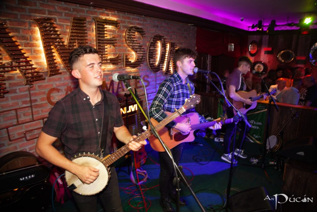 An Pucan Galway Whiskey Trail live music