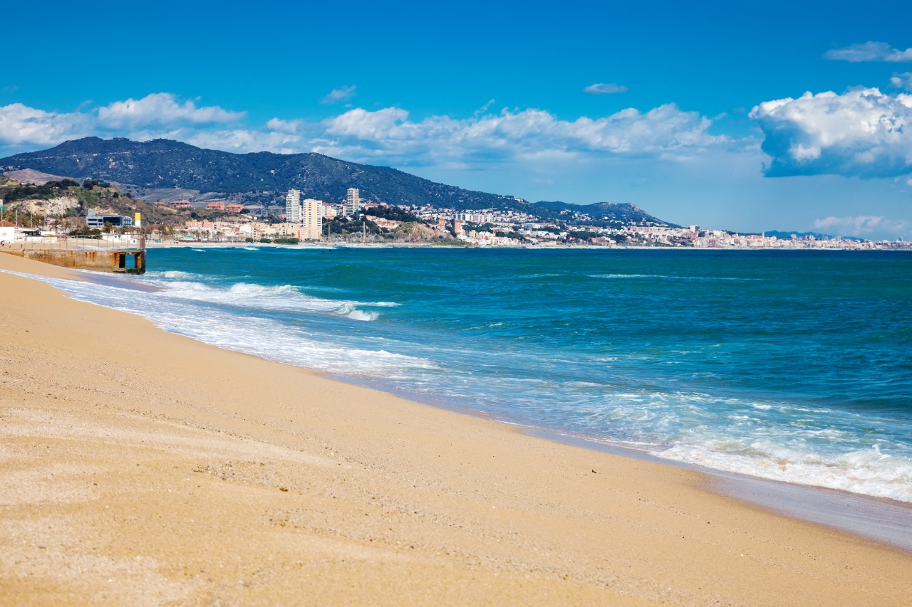 https://travelinspires.org/wp-content/uploads/2019/09/Badalona-Spain.jpg