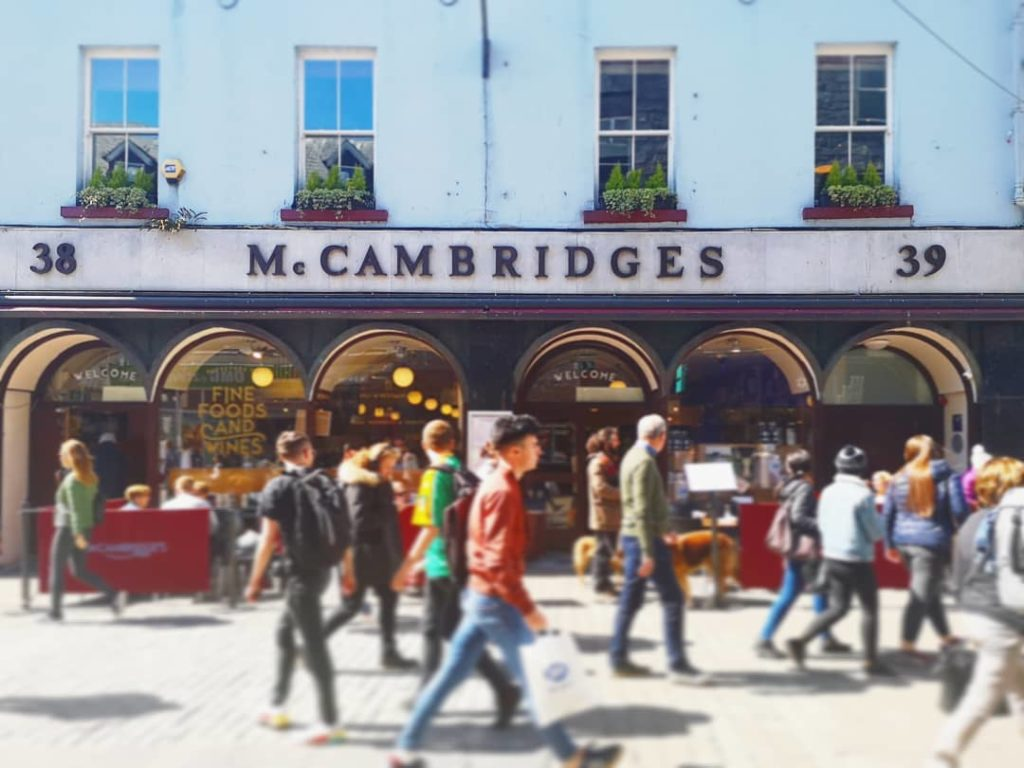 Mc CAmbridges GAlway Whiskey Trail