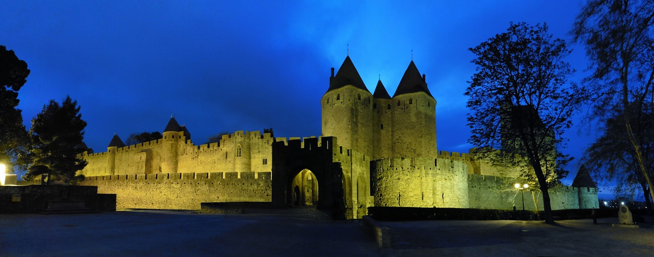 https://travelinspires.org/wp-content/uploads/2019/09/things-to-do-Carcasonne.jpg