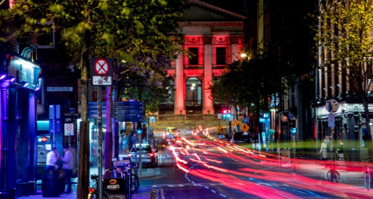 https://travelinspires.org/wp-content/uploads/2019/10/Dublin-goes-Red-for-Bram-Stoker-Festival-2-1200x640.jpg