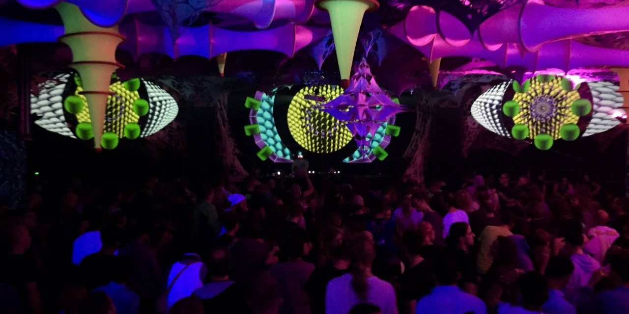 https://travelinspires.org/wp-content/uploads/2019/10/Odyssee-2020-berlin-new-years-eve-electronic-music-and-arts-festival-3-1280x640.jpg