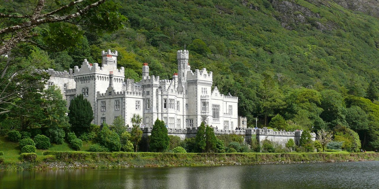 kylemore abbey country galway