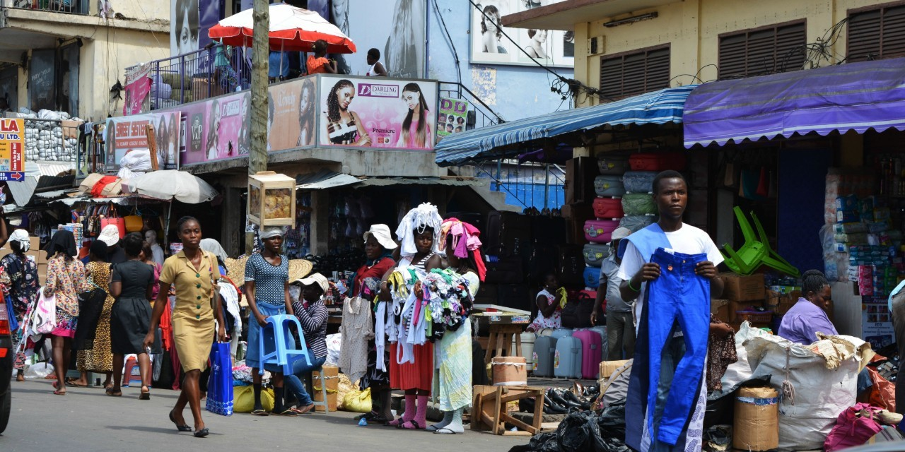 Accra market and people (2)