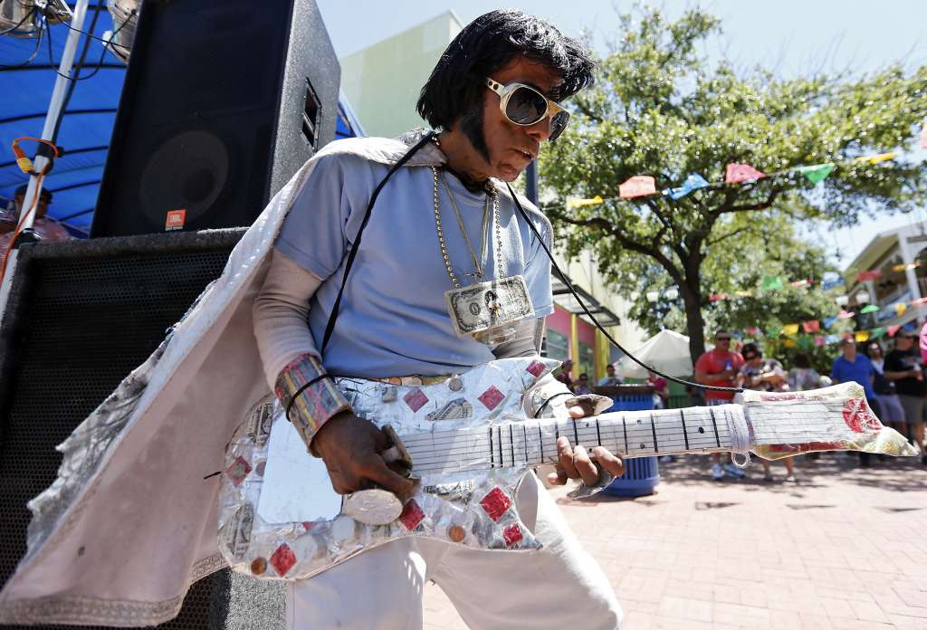 Cinco de Mayo San Antonio Texas Mexican Elvis 2013