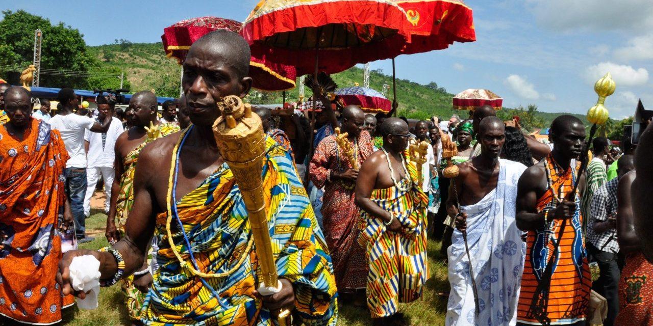 https://travelinspires.org/wp-content/uploads/2019/11/Kumas-Ghana-Ashanti-king-1280x640.jpg