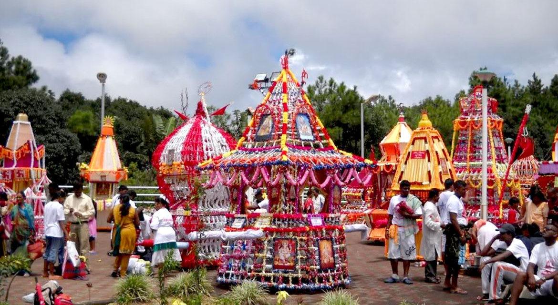 https://travelinspires.org/wp-content/uploads/2019/11/Mauritius-Maha-Shivaratri-Festival-1170x640.jpg