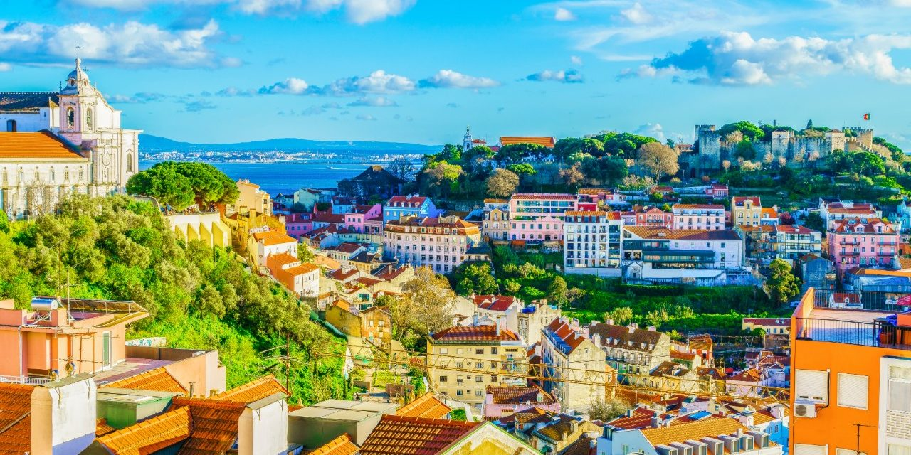 https://travelinspires.org/wp-content/uploads/2020/02/Lisbon-Portugal-Girls-Weekend-Destination-Alfama-District-1280x640.jpg