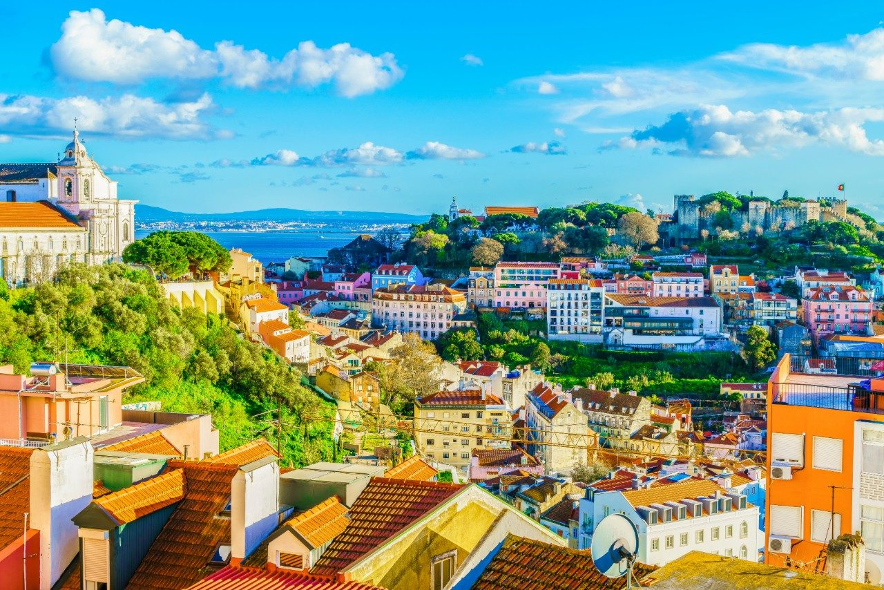 https://travelinspires.org/wp-content/uploads/2020/02/Lisbon-Portugal-Girls-Weekend-Destination-Alfama-District-1280x854.jpg