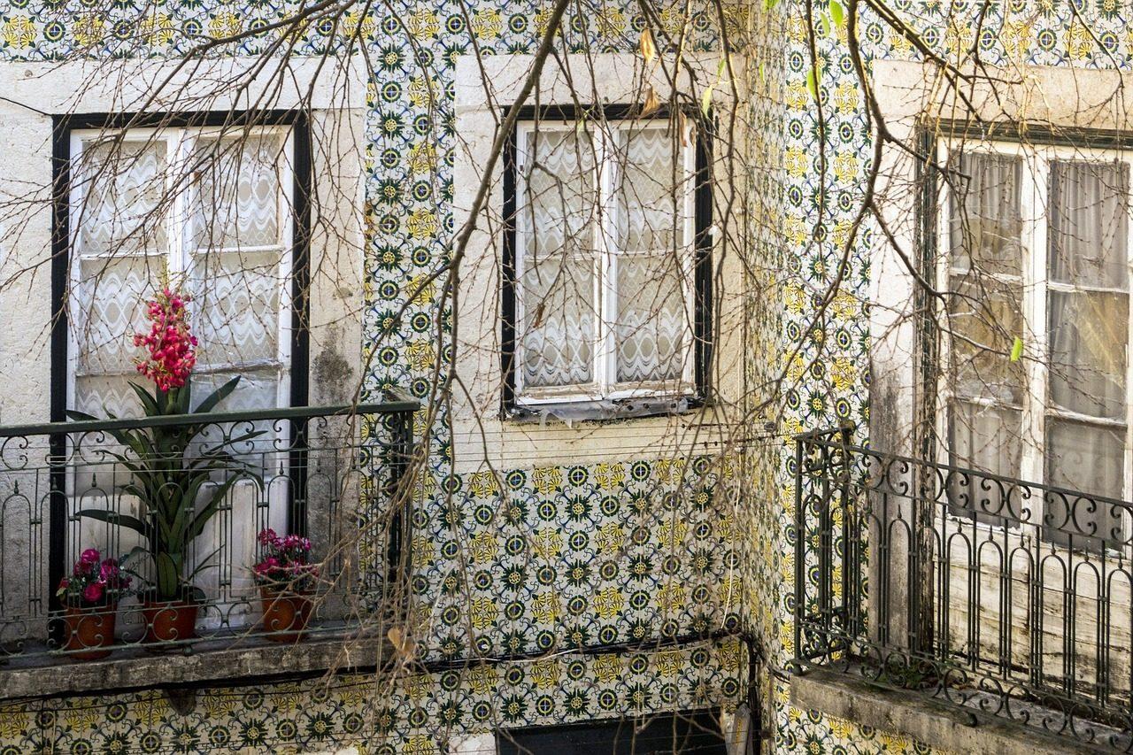 Lisbon ceramics and tiles