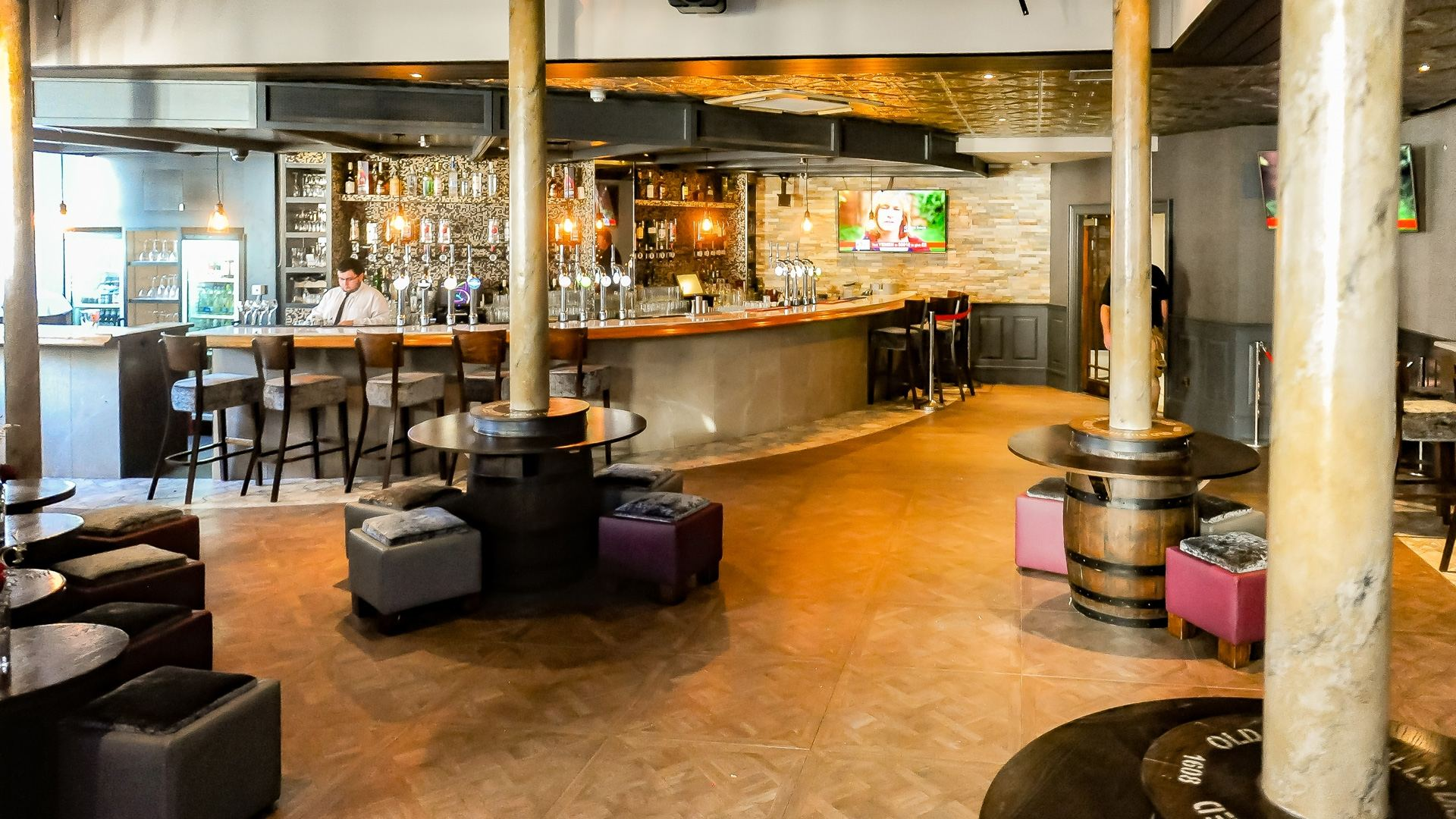 Ten Square Hotel Belfast bar lounge
