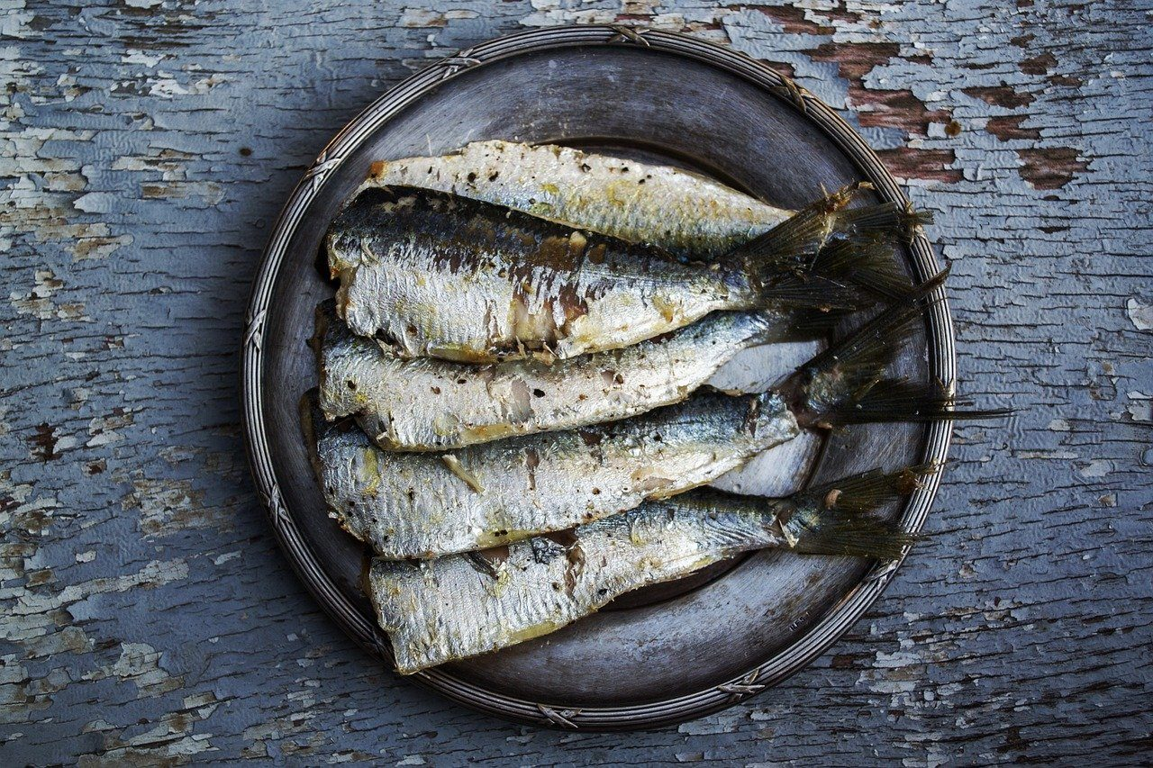 foods to try in Lisbon sardines