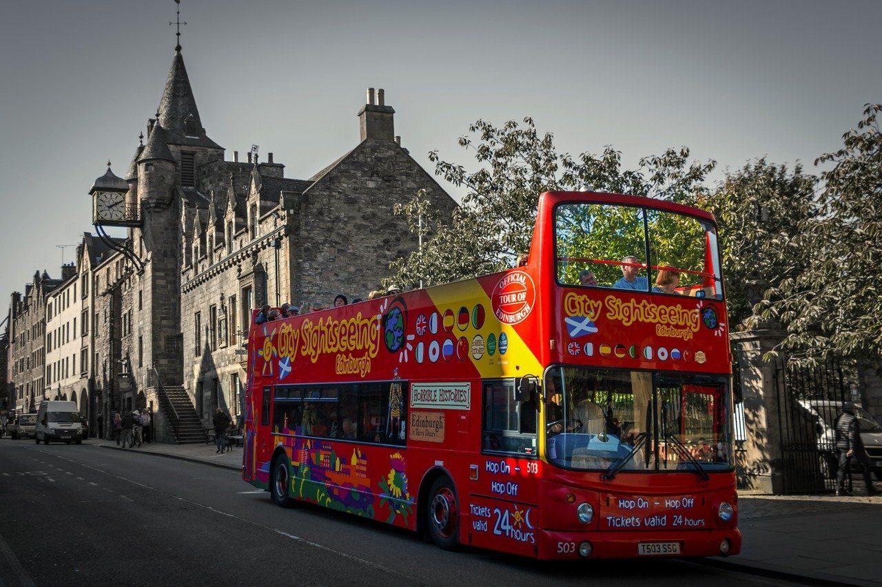 dinburgh Sightseeing Bus Royal Mile