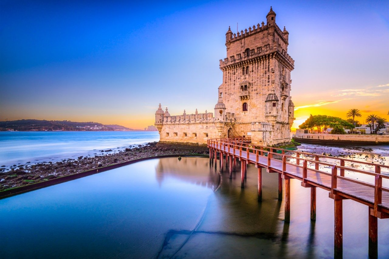 https://travelinspires.org/wp-content/uploads/2020/03/Is-Lisbon-A-Romantic-City-Belem-Tower-1280x853.jpg