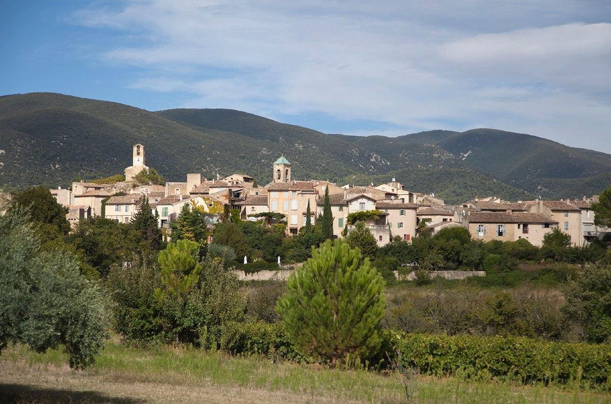 Lourmarin Provence pretty villages